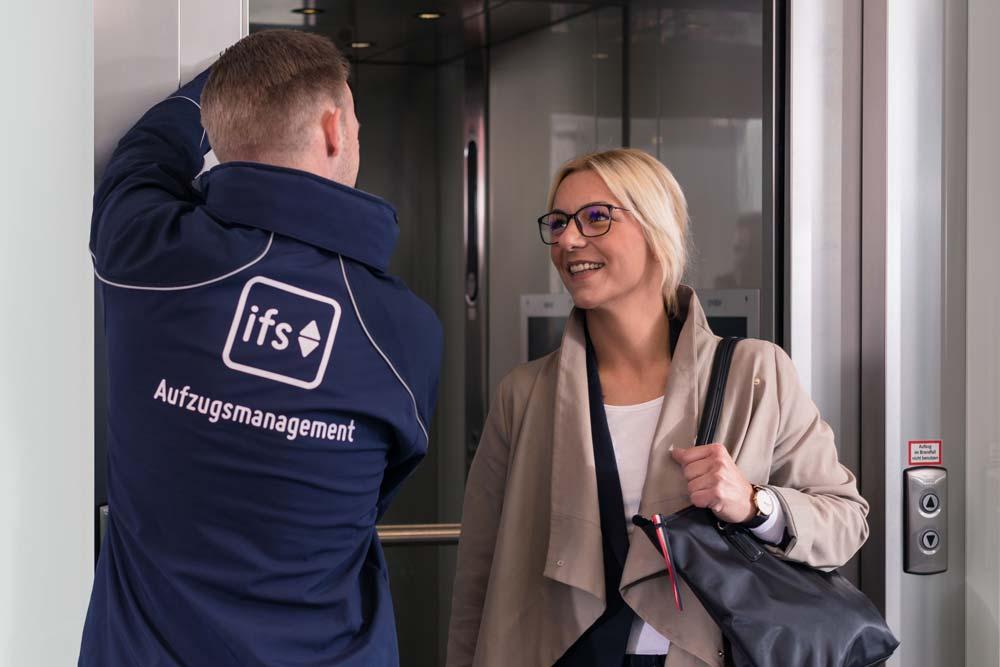 Aufzugsmanagement – Detailleistungen der IFS im Überblick